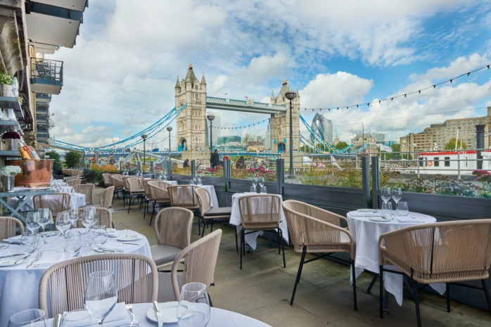 Le Pont de la Tour's French outside terrace. You can clearly see the Tower of London.