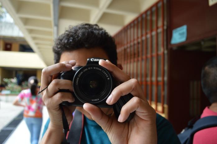 Take a photo of me. No meeeee!