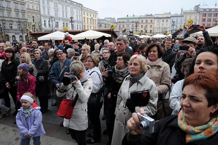 Talk to the Polish local people.