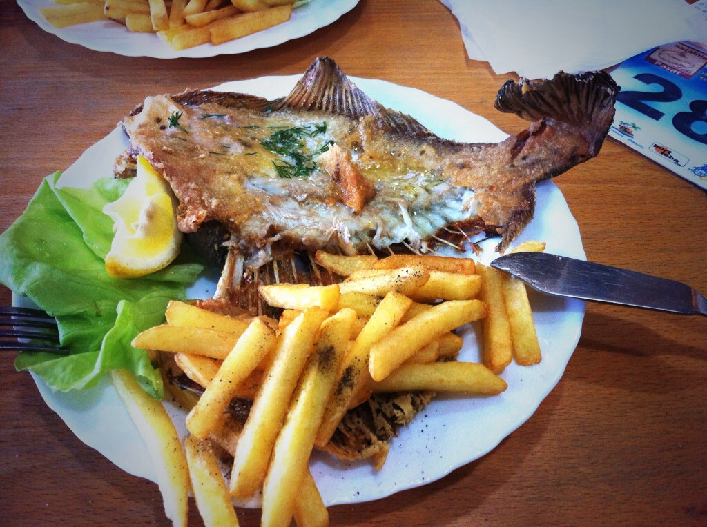The food of poland and how much i have to eat the for What to eat with fried fish
