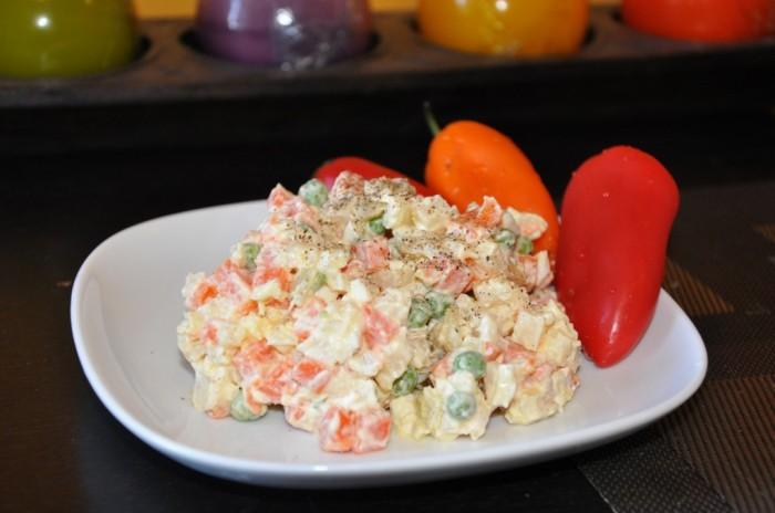 Polish vegetable salad coleslaw. © polishmeals.com