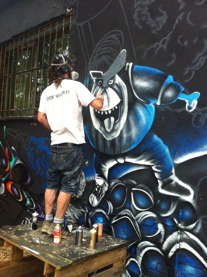 A Berlin Street Artist.
