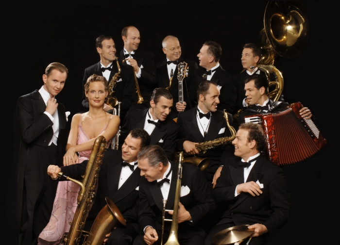 Max-Raabe & the Palast Orchestra. Courtesy of the Palast Orchestra, Berlin.