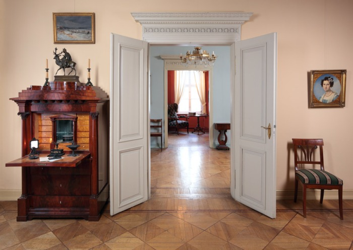 The interior of Museum Knoblauchhaus, Berlin. Photo: Michael Setzpfandt / Stadtmuseum Berlin