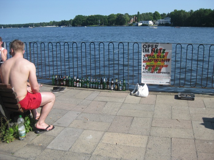 June Fathers' Day on the lakes and rivers of Berlin. They came well prepared!