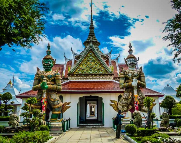 A beautiful temple in Thailand so, where are you?