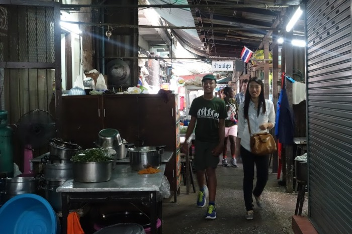 """""""The Tall Young Gentleman"""" in a typical Thai kitchen restaurant in Bangkok. © Bangkok Vanguards."""