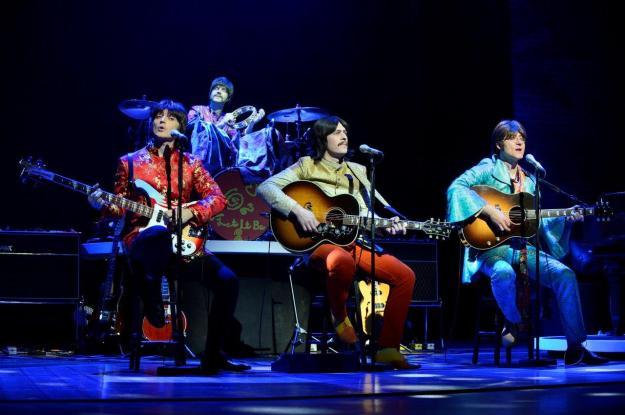 An acoustic scene at Let It Be.  Photo@ Paul Coltas