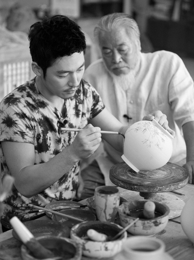 Korean art and craft.