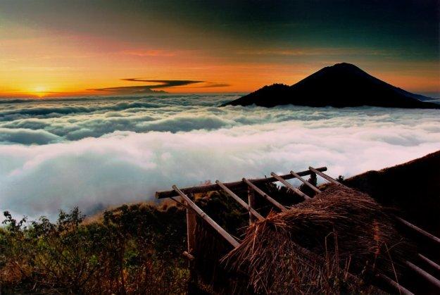 A glorious sunrise on Mount Batur. © Stephen McNamara