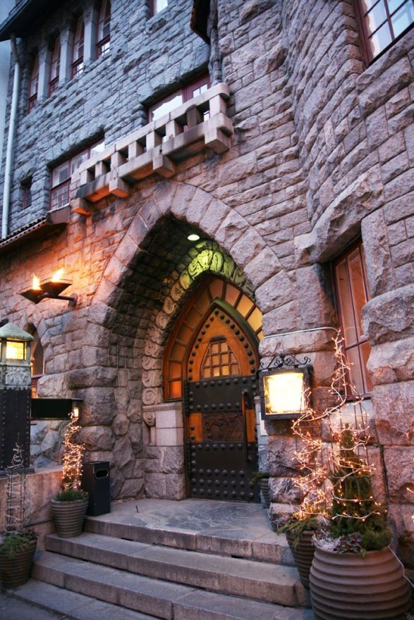 The Art Glo 100 year old castle Hotel!