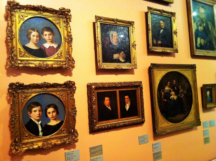 An upper-middle class German-Jewish family at the Jewish Museum Berlin.