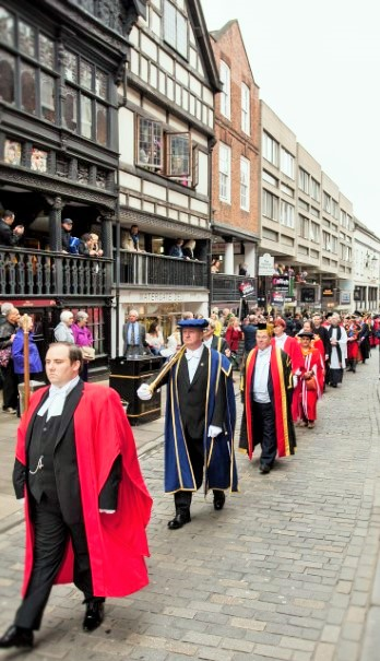 The Procession of Distinguished & Academic guests through the town of Chester!