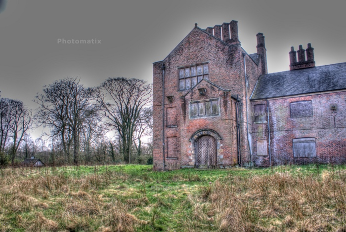 Bewsey Old Hall in Warrington, Cheshire. You can see why they thought it might be haunted! @ frigger, on Flickr