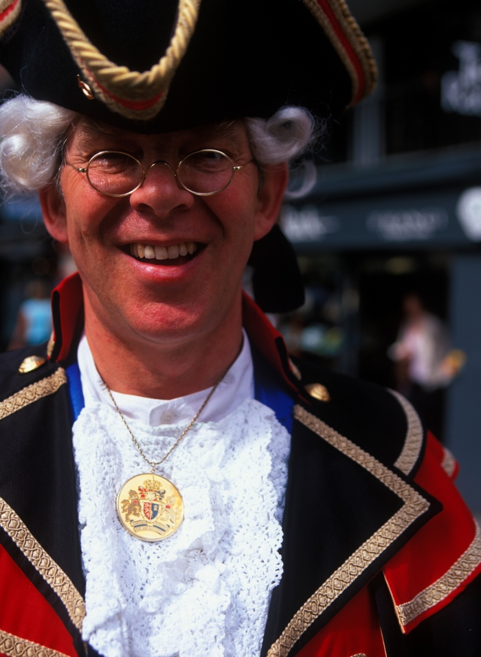 Pomp & Circumstance - The Town Crier in Chester!