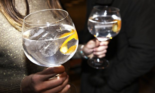 Gin and tonic (G&T) Spanish style! ©Albert Mollon - Getty Images.