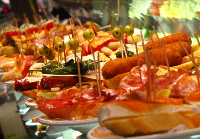 Tapas for Everyone! © Elemaki - José Porras.