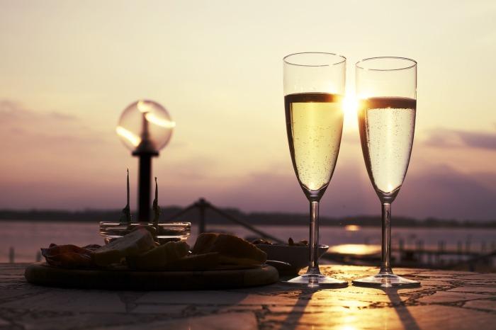 Vinho Verde - sparkling wine in Portugal!