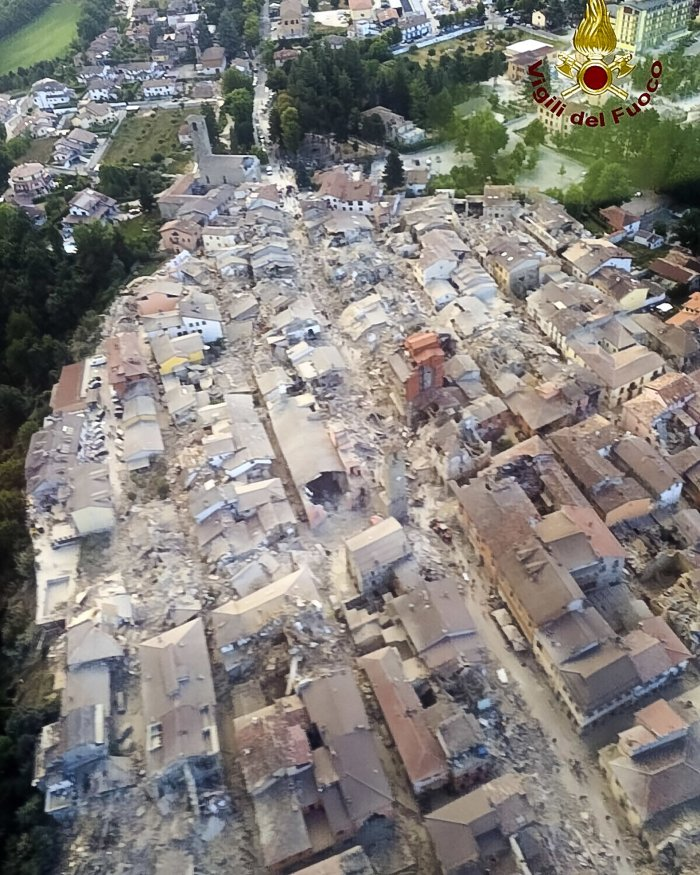 An aerial view shows the damage in Amatrice - Italy ©AP