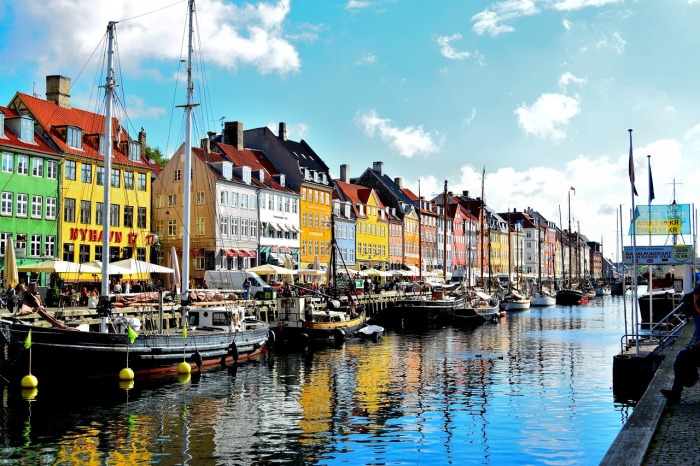Take a boat cruise in the Nyhaven District 'cos you can't be in Copenhagen without taking to the waters! How to visit Copenhagen on a budget. Even though I missed my last connection. Again!
