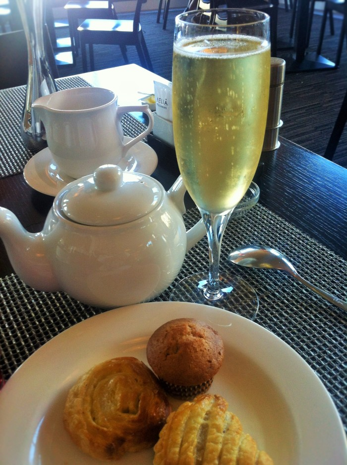 Champagne & cake for breakfast at the Meliá Luxembourg Hotel!