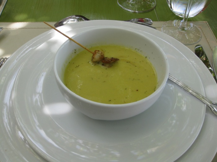 Pea soup or Bouneschlupp, can be nice too! How to eat cheaply in Luxembourg!