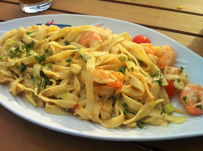 A plate of pasta and shrimps at the famous Fisch Domke restaurant in Ahlbeck!