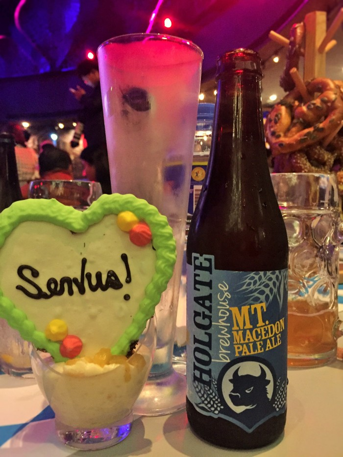 German craft beer and festive gingerbread at the #TBEX Asia-Pacific Oktoberfest Farewell Party, in Manila!