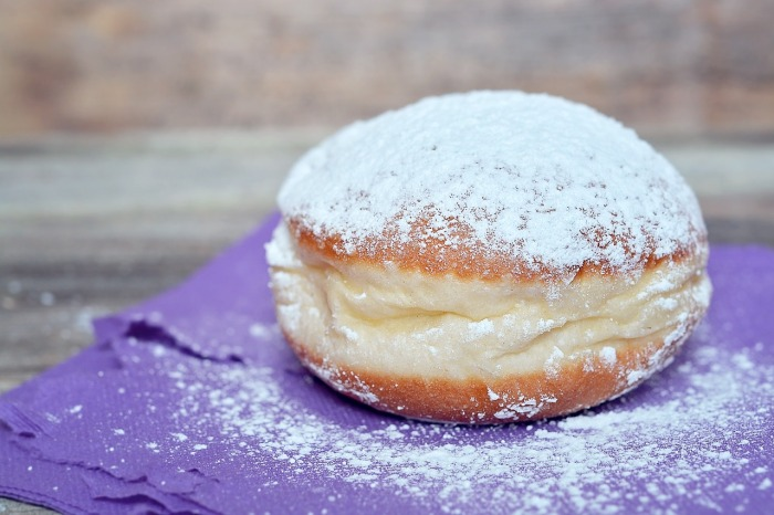 The most popular dessert in Berlin however, is the doughnut, otherwise known as a Berliner! And can be quite a classy affair if taken with champagne!