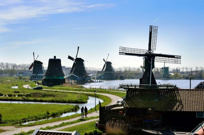 How to visit Amsterdam: Introducing Zaandam. Because windmills! @Mike Bink