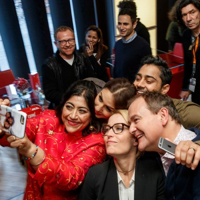 Group selfie with everyone! - Viceroy's House ©Berlinale