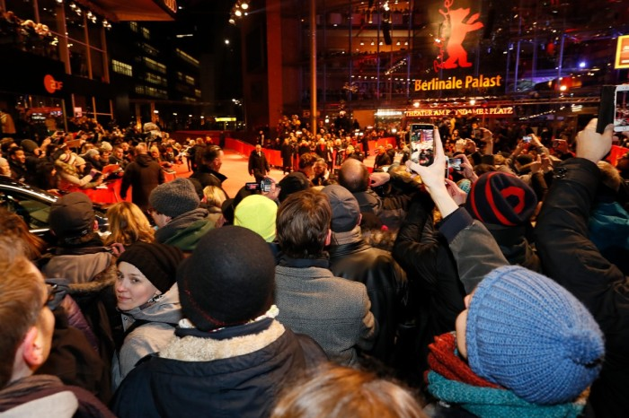 Punters waiting at the Berlinale Palast to see the stars. Be prepared & wrap up warmly! ©Berlinale