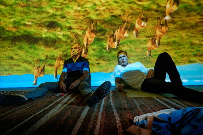 T2 Trainspotting - Jonny Lee Miller & Ewan McGregor ©Sony Pictures Releasing GmbH