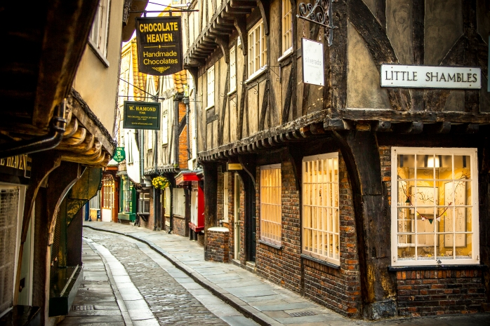 The real Diagon Alley or The Shambles - a 14th century cobbledstone street in York!<br /> 3 days in York - 33 things to do! ©VistBritain / Andrew Pickett