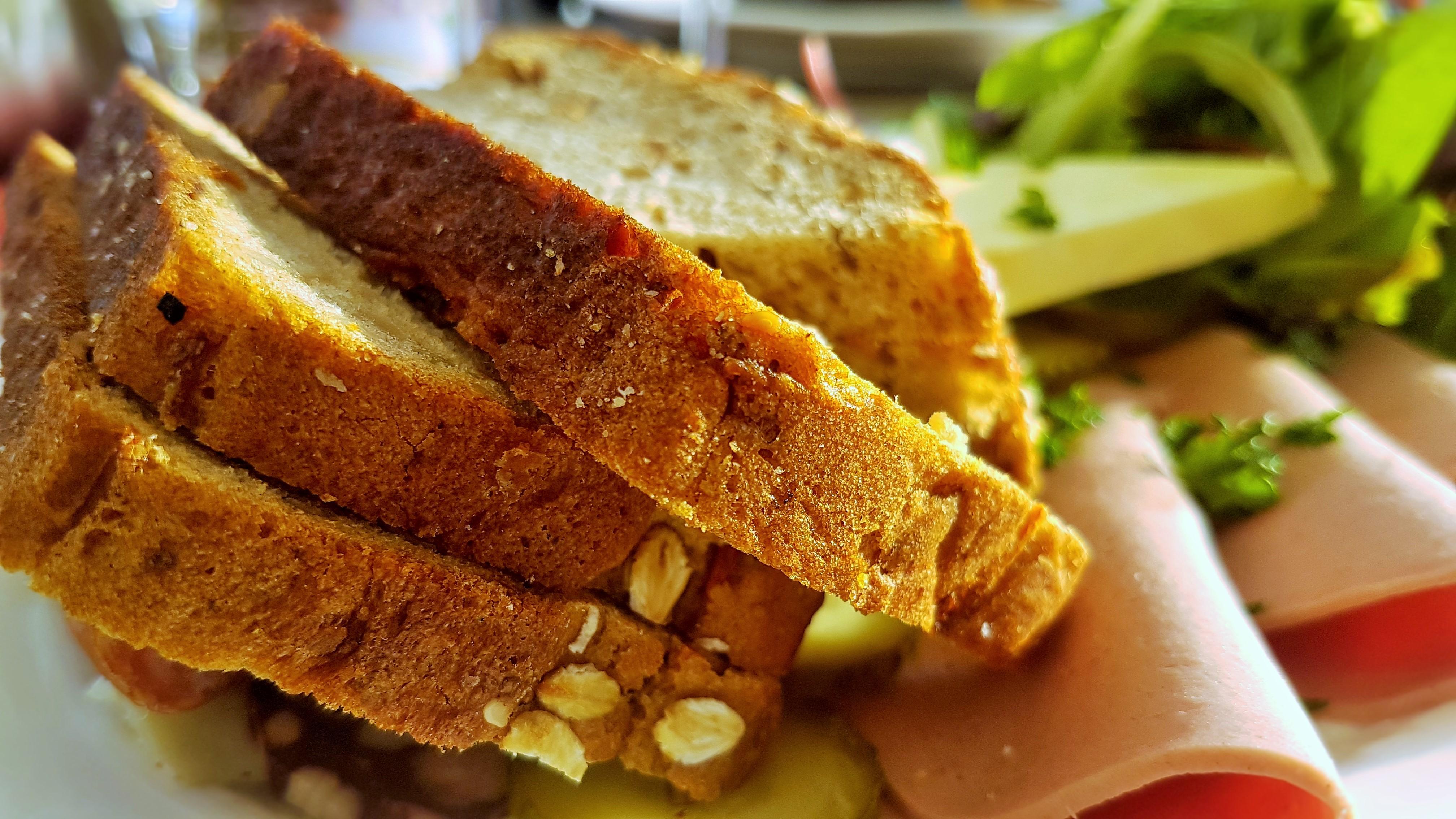 Fürstenbrot / Aristocratic bread at the Kurfürstenschänke in Dresden ...