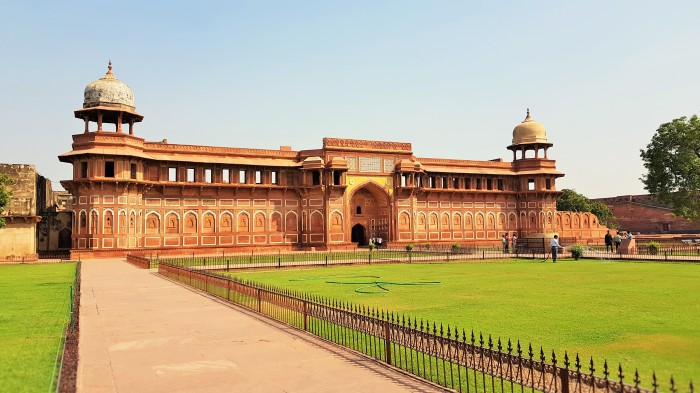 At the entrance to the Fatehpur Sikri or Fatehpūr Sikrī in Agra, India
